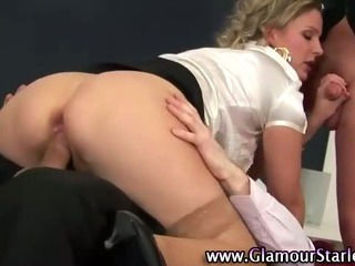Blonde blowjob babe can handle cock in multiples