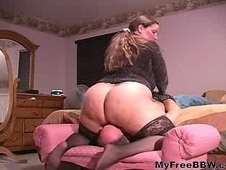 Facesitting Big Pest Naked  Bbw Fat Bbbw Sbbw Bbws Bbw Porn Plumper Flu...