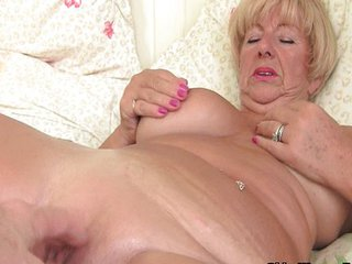 Chubby Granny Gets Her Twat Fingered