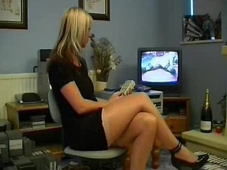 British Lingerie Girl Solo 17 British Euro Brit European Cumshots Swal...