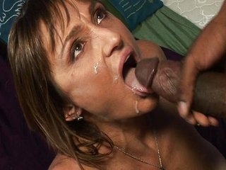 Cum.swallowing.milf 3
