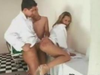 Amateur Androgynous Threesomes!
