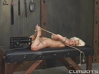Bondage And Fucking Machines(cindy)-5