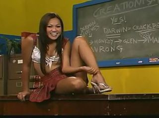 Horny Asian hoe deepthroating and swallowing dudes hot jizz in clas...