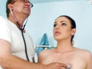 Shandi Getting Her Love Tunnel Gyno Speculum Examined With Speculum