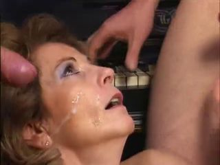 Bukkake Cumshot Facial European German Mature