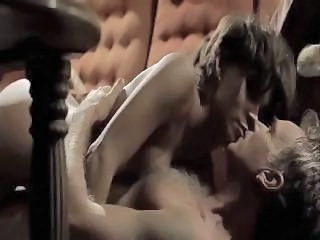Amazing Celebrity Icon Halle Berry Fucked By Billy Bob Thornton In Mon...