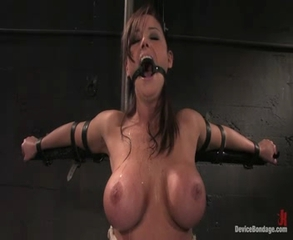 Christina Carter Intense Orgasm