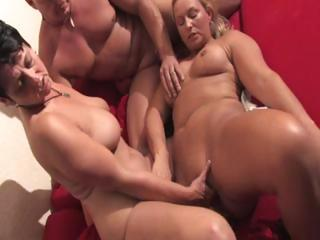 Amateur European Fisting German Mature Threesome