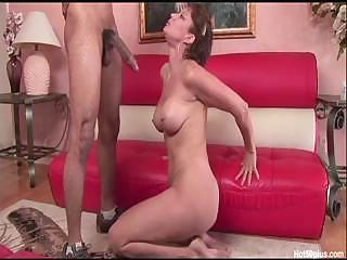 Horny MILF Vanessa sucks on t...