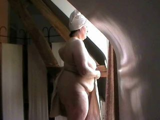 Nude in front of the window...