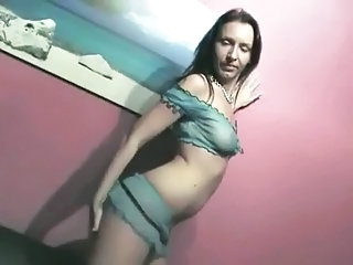 Amateur Dancing Girlfriend Homemade Lingerie