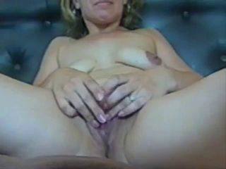 mom spread her pussy and get a hard cock