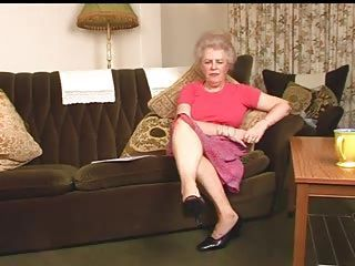 Delicious Queasy Ancient Granny Fingering Intro