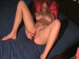 she fuck her ass and pussy with one dildo