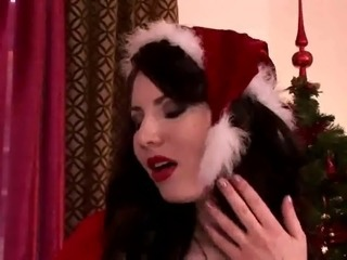 Karina Hart - Christmas big tits!