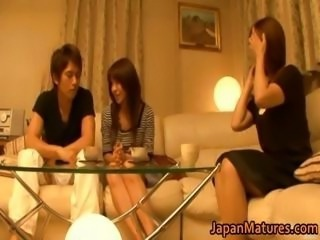 Japanese mature women shot at a threesome part4