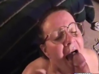Nerdy Amateur Milf Of age Gives Hot Blowjob