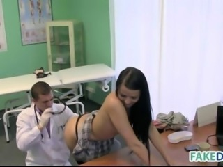 "Brunette babe gets her doctor fucked"" class=""th-mov"