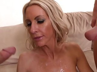 Cumshot  Mom Threesome