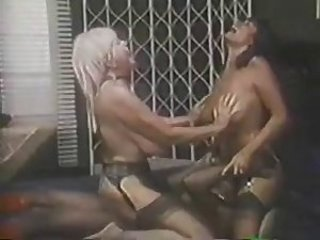 Big Tits Facesitting Licking  Stockings Threesome Vintage