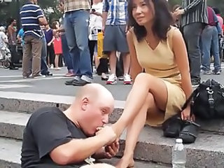 NYC Foot Massage Public