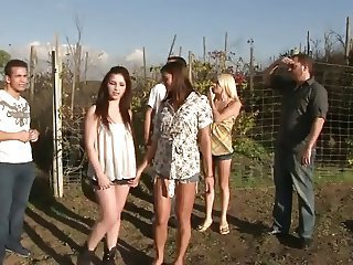 Groupsex Outdoor Party Teen