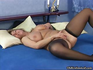 Big Tits Chubby Masturbating Mature Natural Stockings