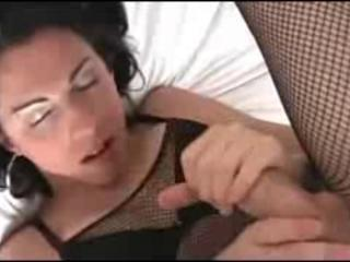 Shemale cums on her own face.  Sex Tubes