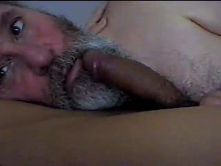 Bearded Daddy Suck and Swallow Sex Tubes
