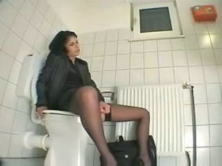 Spycam in Toilet by TROC Sex Tubes