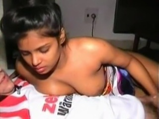 Indian aunty fucked by foreigner[Video2] free