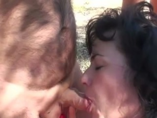 Libertines couple analfucking outdoor