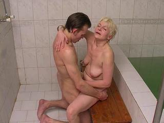 """Mom with saggy flaccid tits fucking with sluggish dick"""" class=""""th-mov"""