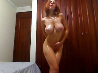Amazing Big Tits Dancing Natural Oiled Solo Teen Webcam