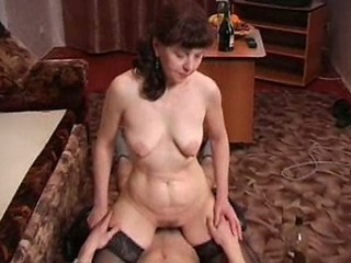 Amateur Drunk Mature Mom Old and Young Riding Russian