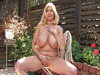 Big Tits Mature Natural Outdoor