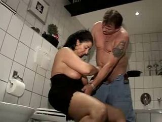 Mature Susi Fucked nigh her Bathroom by snahbrandy