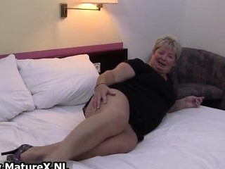 Fat Mature Housewife Is Horny And Plays Part6