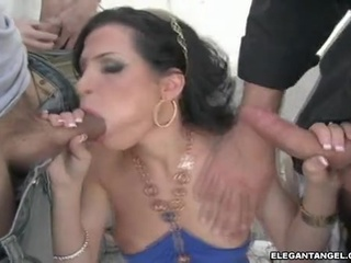 Cock Starved Wench Rebecca Linares Wanted One Dong At A Time In This Guyr Mouth