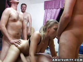 Amateur Group Sex: 2 Chicks Coupled with 4 Dicks !