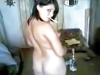 Amateur Drunk Girlfriend Homemade Russian Smoking