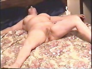 Amateur Chubby Cuckold Homemade Wife