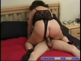 Mature wife desperately wants cock inside her old body free