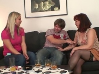 Drunk Mom Stockings Threesome