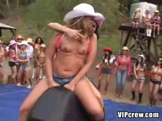 VIPcrew - Raunchy ranch2
