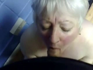 Cumming in mouth of my nasty aunt !