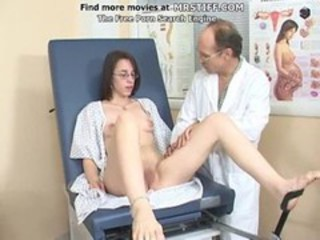 "A girl with glasses at the doctor"" target=""_blank"