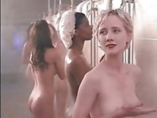 "Anne Heche Drops The Soap"" target=""_blank"