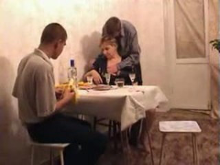 Amateur Drunk Family Homemade Kitchen Mom Old and Young Russian Threesome